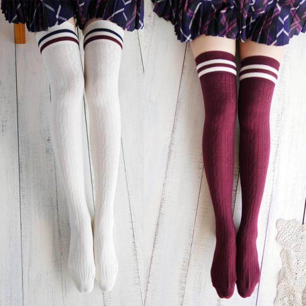 Navy wind twist vertical stripes two horizontal knee stockings